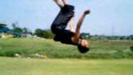 バク宙、バック宙-Back Flip- 練習方法