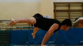 ストラドルプランシェ(開脚上水平)-Straddle Planche- 練習方法